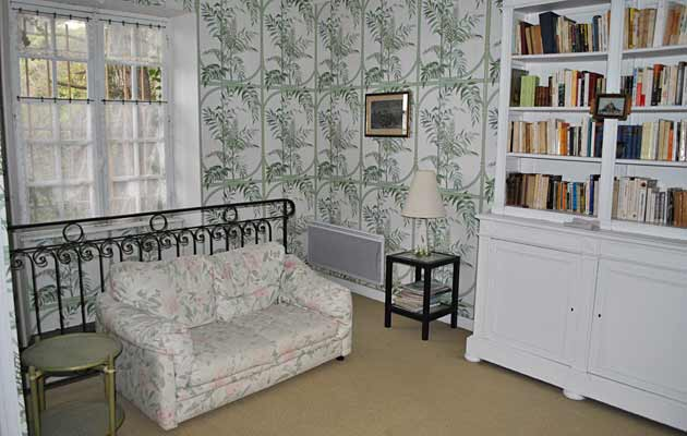 Library 1 single bed settee
